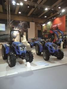 In primo piano i modelli 2-060 (a sinistra) e 2-050 GE.