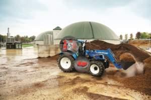 Grazie a bombole supplementari sul lato destro e dietro la cabina, il T6 New Holland porta 300 litri di metano compresso.