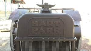 Dell'Hart Parr 18-36, Andreoli ha cambiato i pistoni e rifatto tutto il motore.