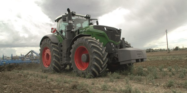 Fendt 1046 Vario Power Plus